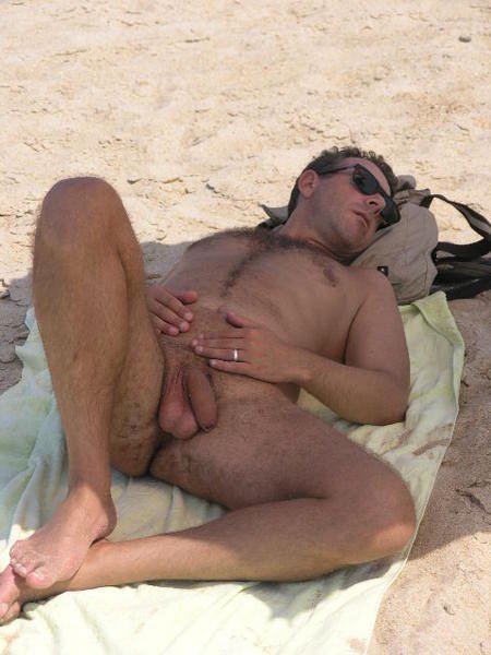 Mens naked beach-5951