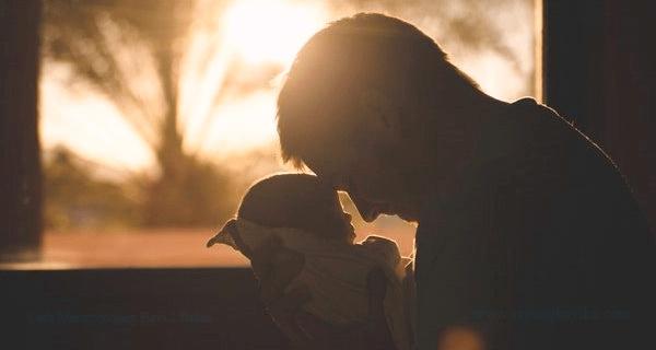 Cara Menggendong Bayi 2 Bulan