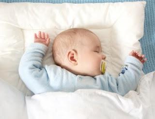 Foto Bayi Tidur