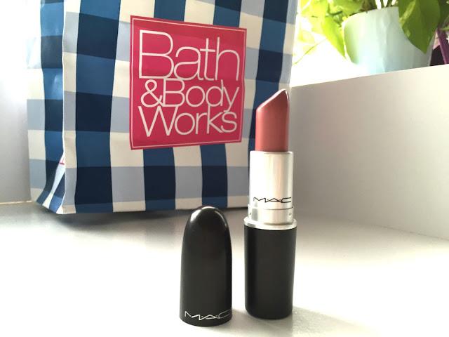 Authentic MAC Lipstick Malaysia (cremesheen finish) in Morning Rose