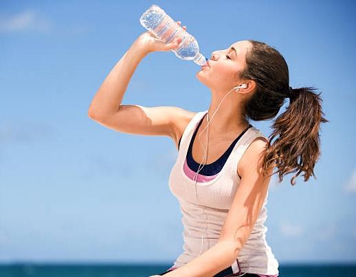 स्वास्थ्य को कैसे प्रभावित करता है पानी Health Tips , Lack Of Water In The Body
