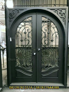 contoh-pintu-besi-modern-klasik-Dzaky-Jaya