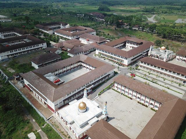 Gallery Photo dan Background Video Assyifa Boarding School Wanareja