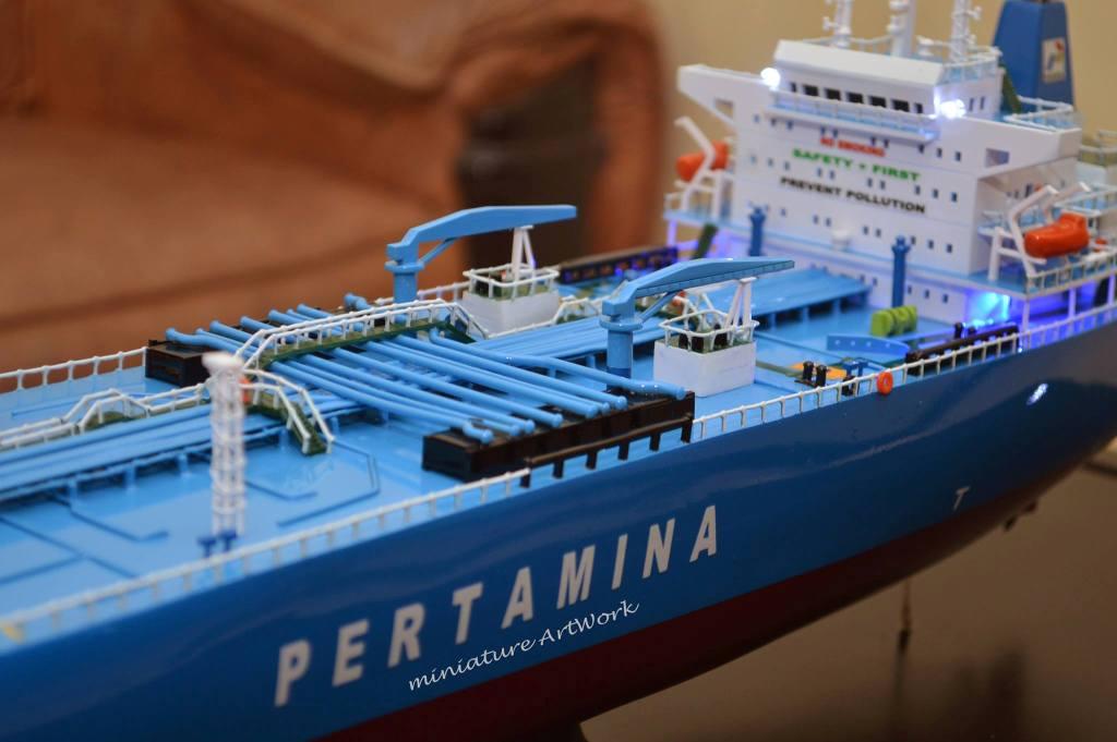 desain miniatur kapal crude oil tanker galunggung milik pertamina terbaik jakarta