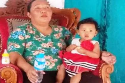 Mengharukan! Bayi Nisa yang Memeluk Jenazah Ayahnya dengan Kondisi Sudah Meninggal Selama 3 Hari