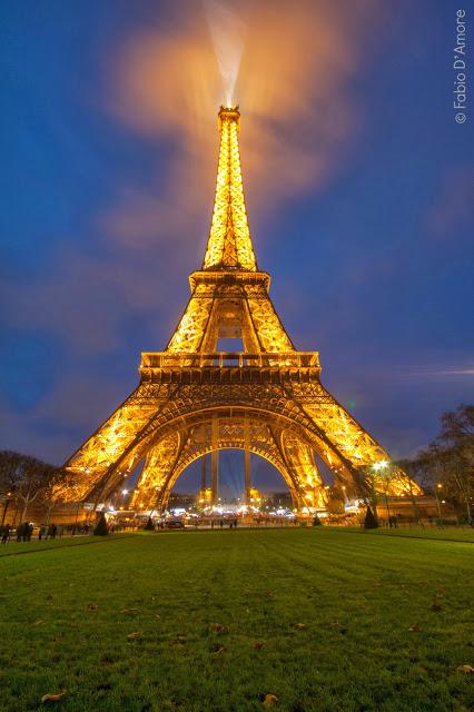 Tour Eiffel e Champ de Mars-Parigi
