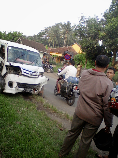 kecelakaan parigi