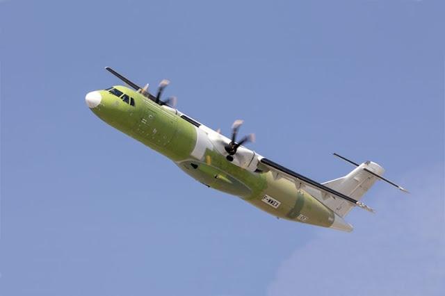 Primo volo ATR72 versione cargo