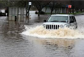Tips Menghadapi Banjir Bagi Pengemudi Mobil