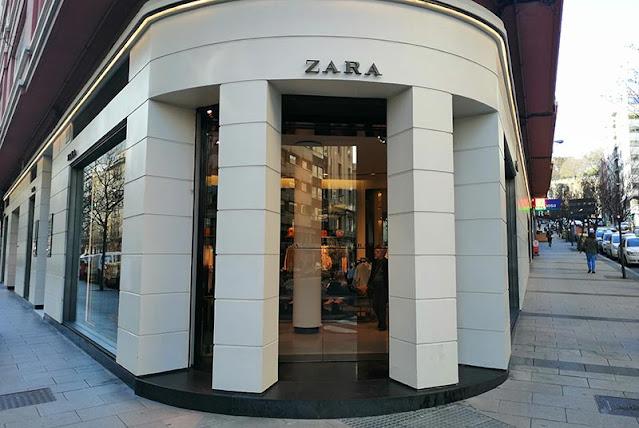 Primera tienda Zara