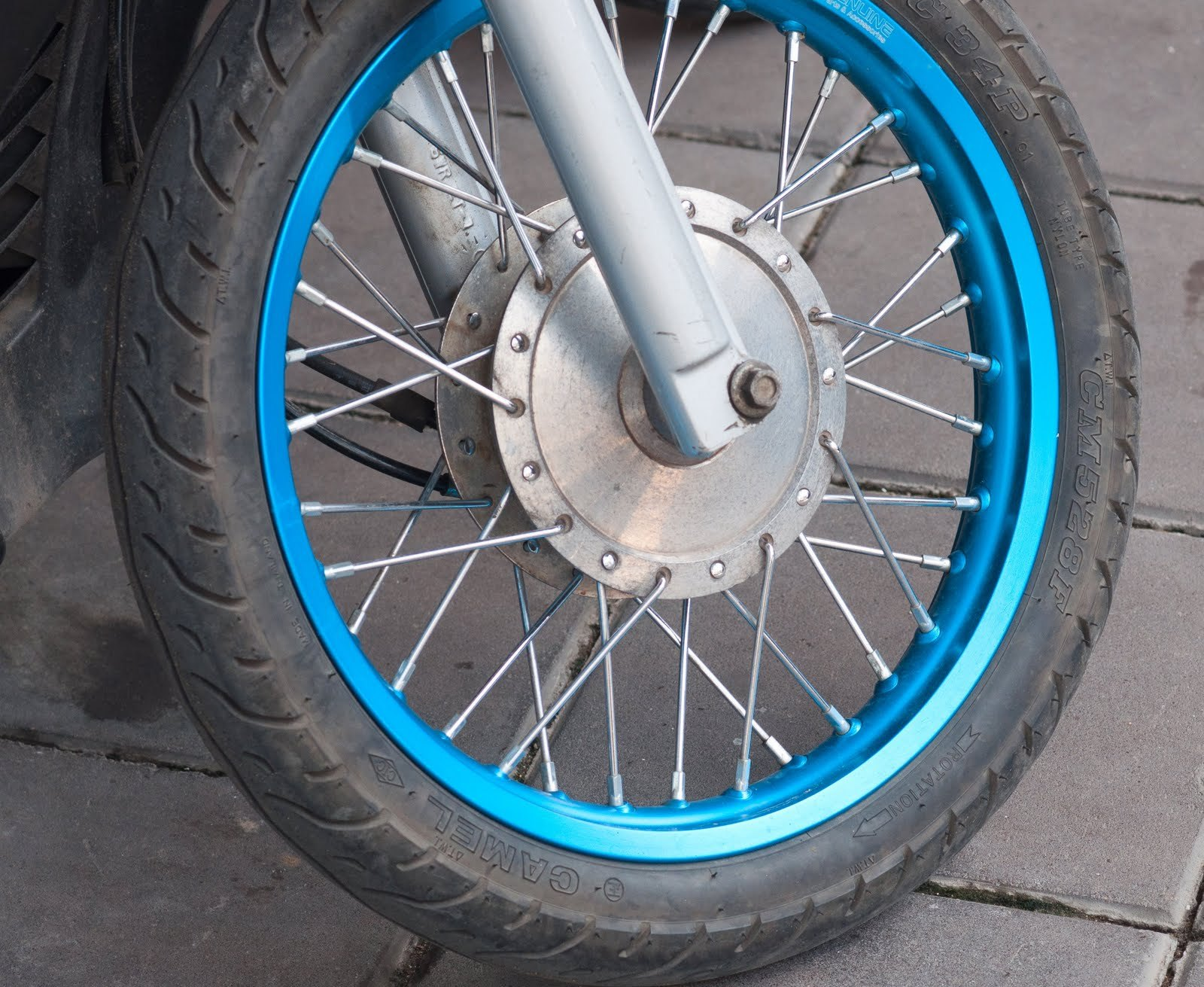 Gudang Ilmu Mengapa Ban Sepeda Motor Menjadi Kempes Jika