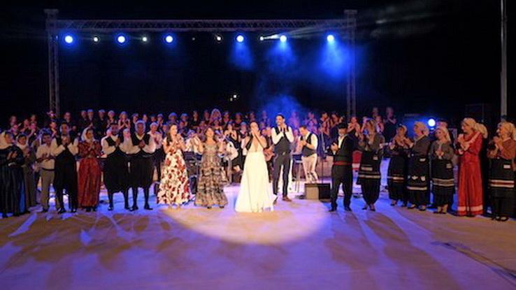 Φαντασμαγορική η συναυλία της Ζωής Τηγανούρια στην Αλεξανδρούπολη