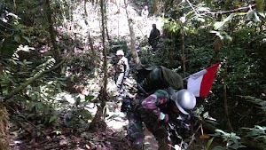 Satgas Yonif 126/KC Gelar Pengobatan di Dusun Mamlo