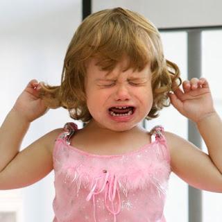 anak menangis sampai pengsan