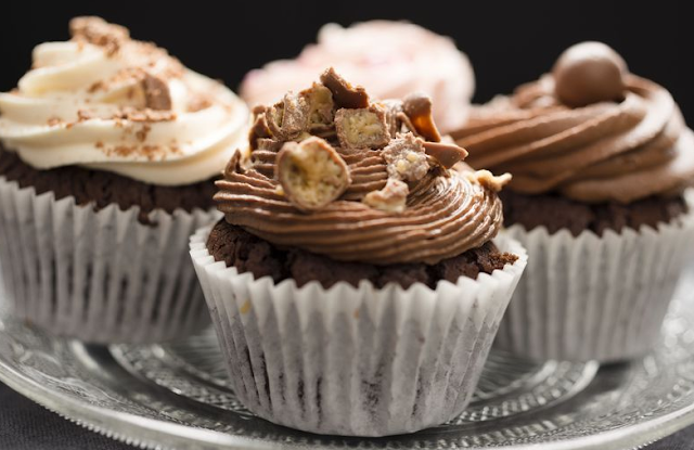 How to Make Money by Selling Baked Products