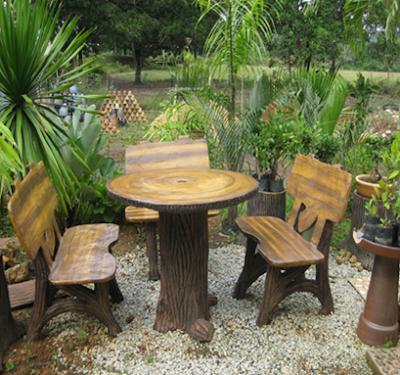10 desain kursi dan meja taman unik dari kayu
