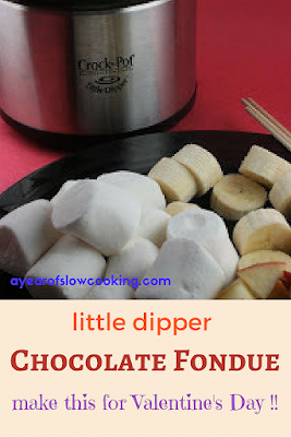 Chocolate fondue recipe for the crockpot Little Dipper. Use heavy cream, a bit of vanilla and melt together with chocolate to make a rich velvety fondue that the entire family will drool over!