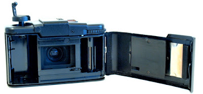 Olympus XA2, Film box