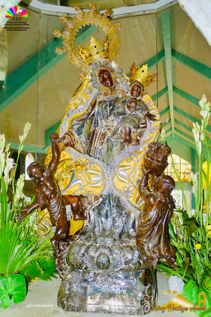 The image of Our Lady of Salvation originated from Mary Most Holy Mother of Light (Maria Madre Santissima del Lume)