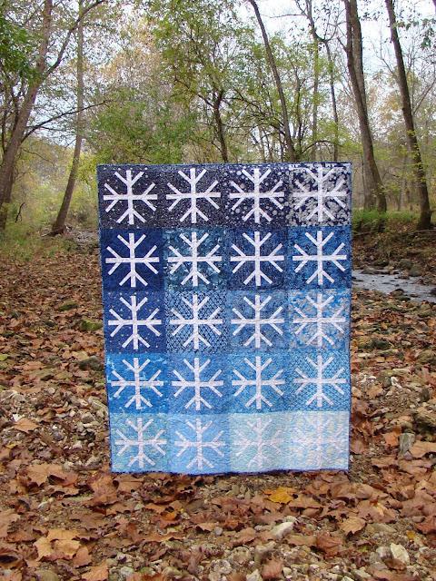 Snowfall snowflake winter quilt