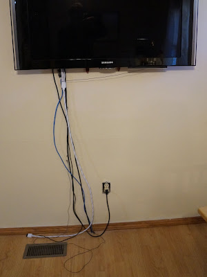 my commentary and technical help how to hide wires going to a wall mounted tv. Black Bedroom Furniture Sets. Home Design Ideas