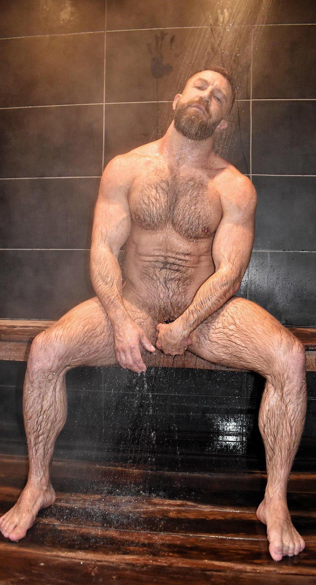 desnudo en el sauna