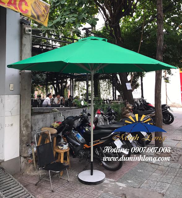 Bán dù che nắng cho bảo vệ cửa hàng, quán xá ở Nha Trang