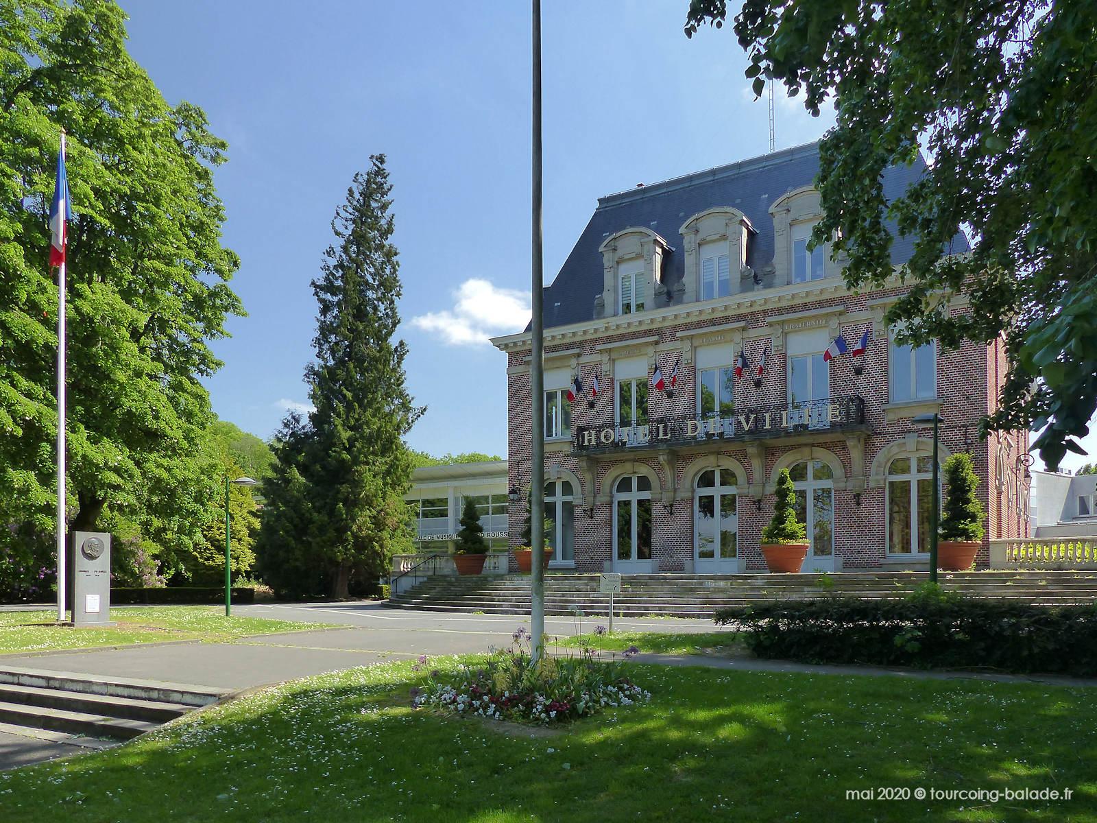 Parc de la Mairie de Mouvaux, Stèle de Gaulle, 2020