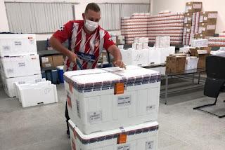 Mais de 93 mil doses de vacina contra Covid-19 são distribuídas nesta sexta-feira para os municípios da Paraíba