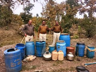 आबकारी विभाग ने 1 हज़ार किलो महुआ लहान एवं महुआ शराब जप्त की