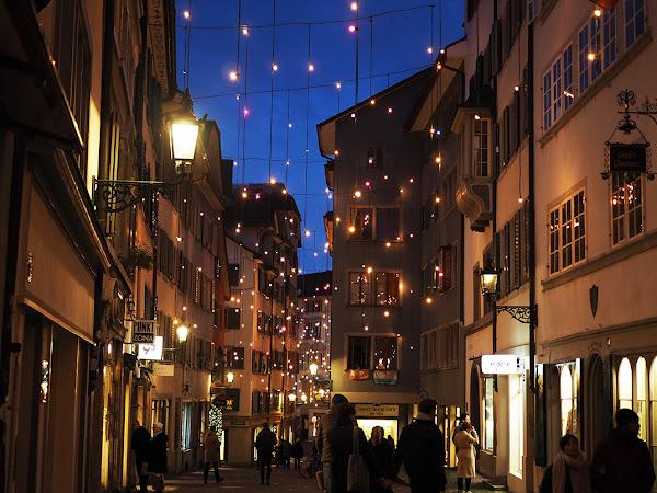Joulumieltä Sveitsin joulumarkkinoilta