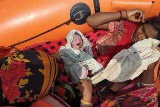 new-babay-born-ndrf-rescue-boaat-bihar