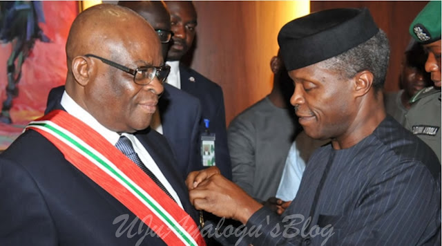 Drama As Top Lawyers Representing FG In Onnoghen's Trial 'Fight' In Court