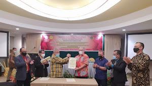 Jalin Kerjasama, AAI dan PWI Riau Teken MoU Bantuan Hukum