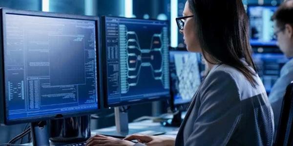 Falta de profissionais de tecnologia da informação prejudica o setor