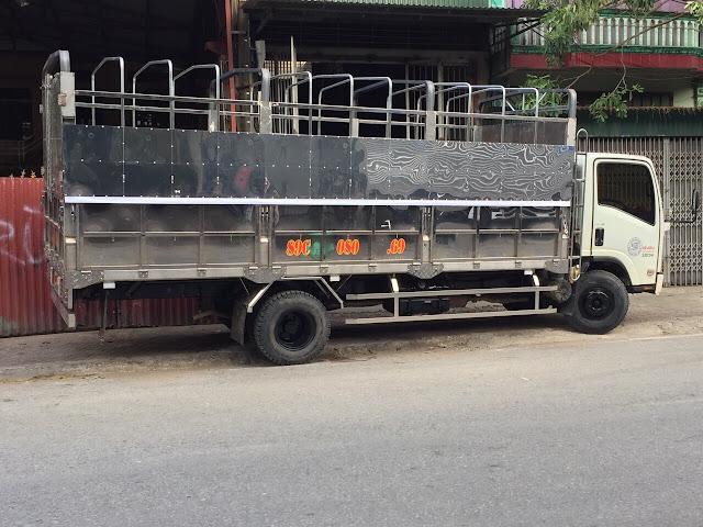 Đóng thùng xe tải isuzu