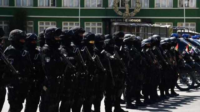 Fuerzas policiales y militares bolivianas
