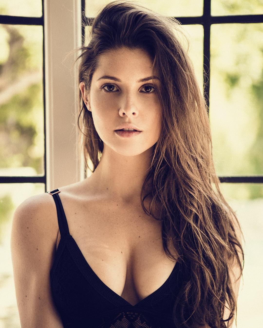 Amanda Cerny Latest Hot Photoshoot