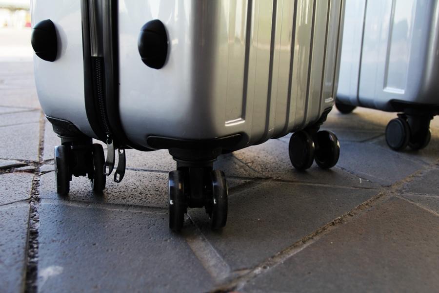 koffer rollen transport