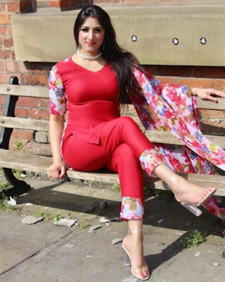 Pictures of this Pakistani model are going viral on the Internet