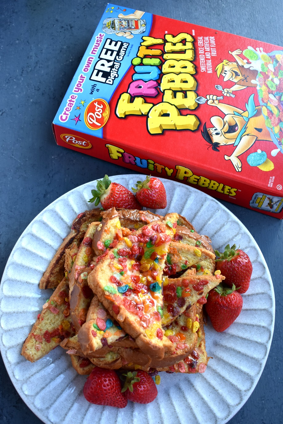plate of fruity pebbles french toast