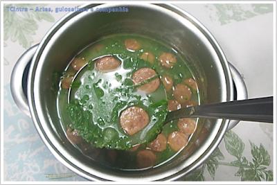 sopas e caldos; culinária portuguesa; couve folha; jantar prático;