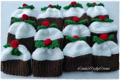 christmas pudding covers knitting