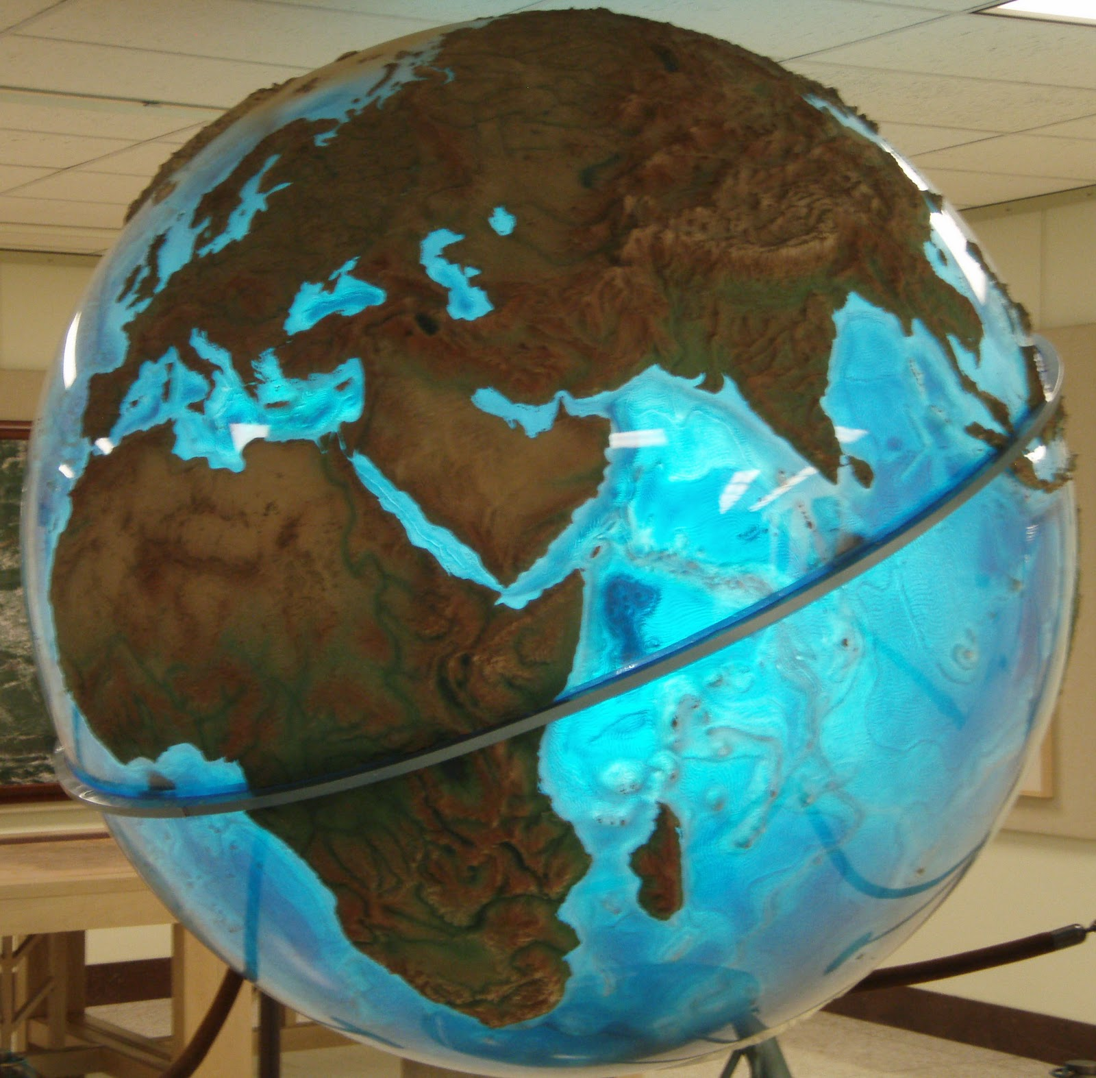 giant globe outside of map division of the u s library of congress washington