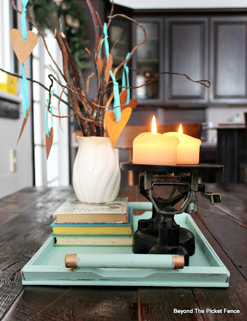 centerpiece, fusion mineral paint, tray, old scale, http://bec4-beyondthepicketfence.blogspot.com/2016/01/how-to-make-centerpiece.html