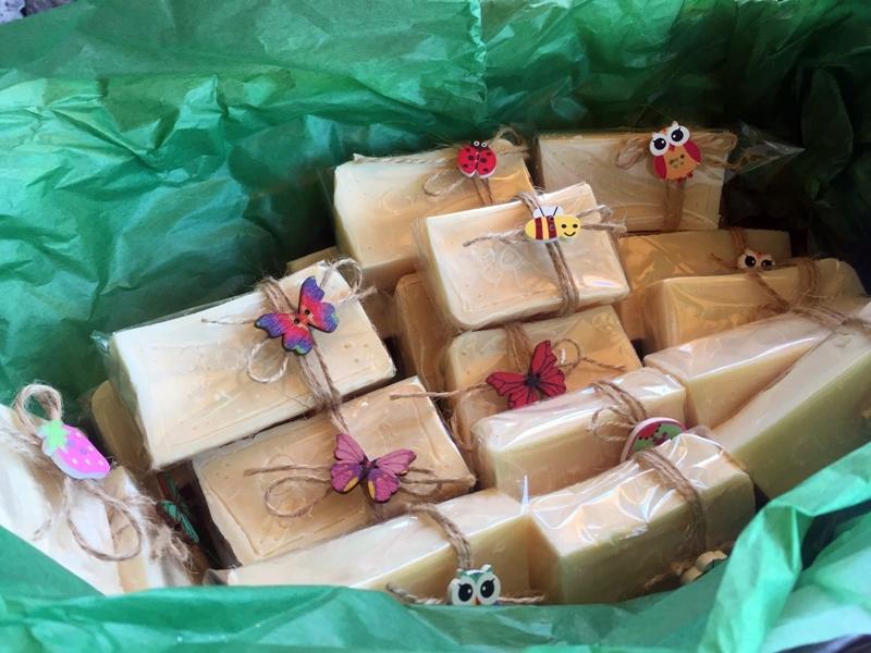 decorar jabones de glicerina natural