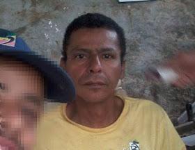 Homem é morto a tiros após ter casa invadida em conjunto habitacional.
