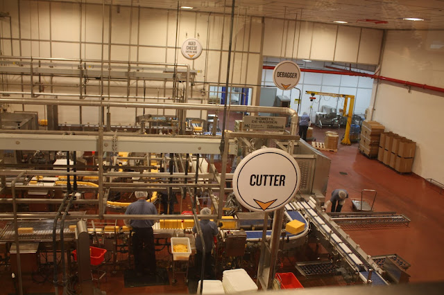 Tillamook Creamery in Tillamook, Oregon gives visitors the ability to view production of cheese live.