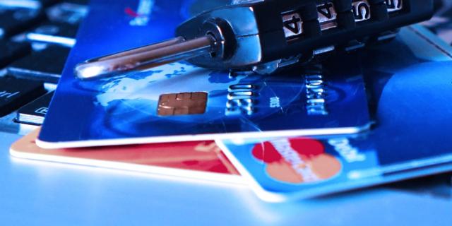 Detienen banda que clonaba tarjetas bancarias en Puerto Montt