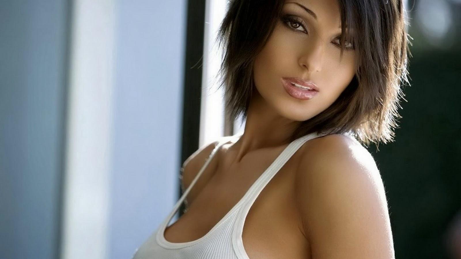 Claudia lynx nude